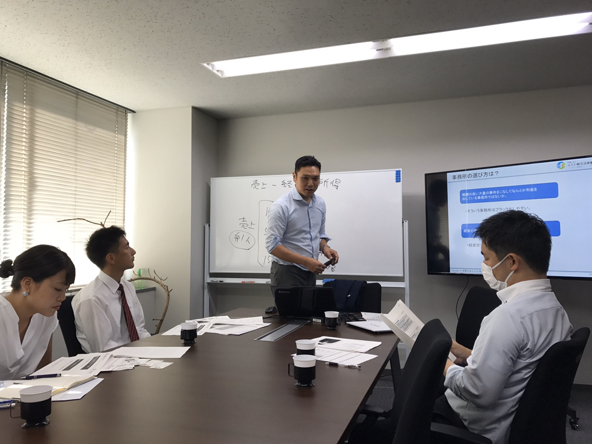 ガイダンス、事務所紹介・事務所見学